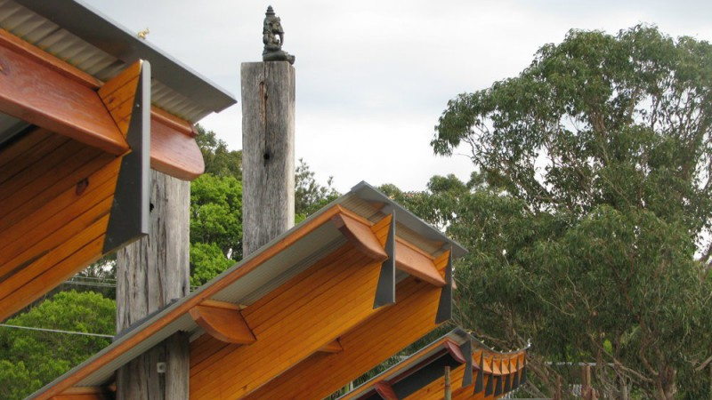 rooves_totem